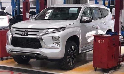 2020 Mitsubishi Pajero Sport revealed in sneaky photos