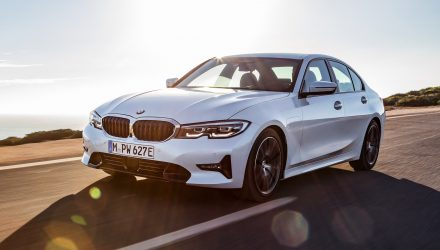 2019 BMW 330e debuts new 'XtraBoost' power function
