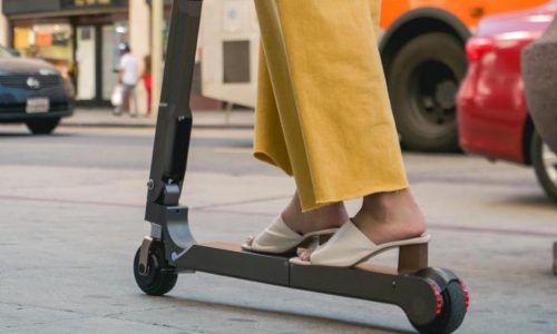 Hyundai reveals vehicle-integrated RWD e-scooter