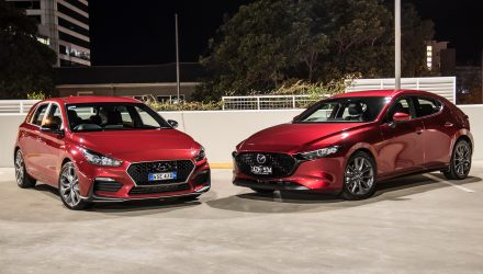 2019 Mazda3 G25 GT vs Hyundai i30 N Line: Small car comparison (video)