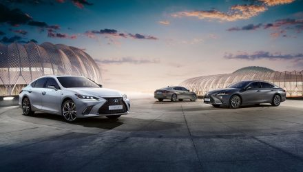 2020 Lexus ES 300h update announced, gains F Sport option