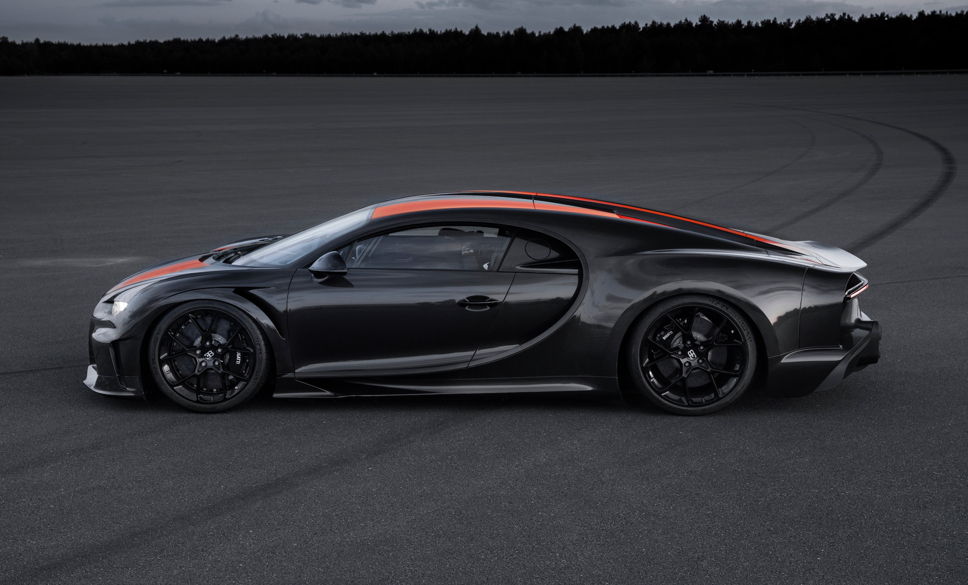 A Bugatti went 305 miles per hour. That's a record