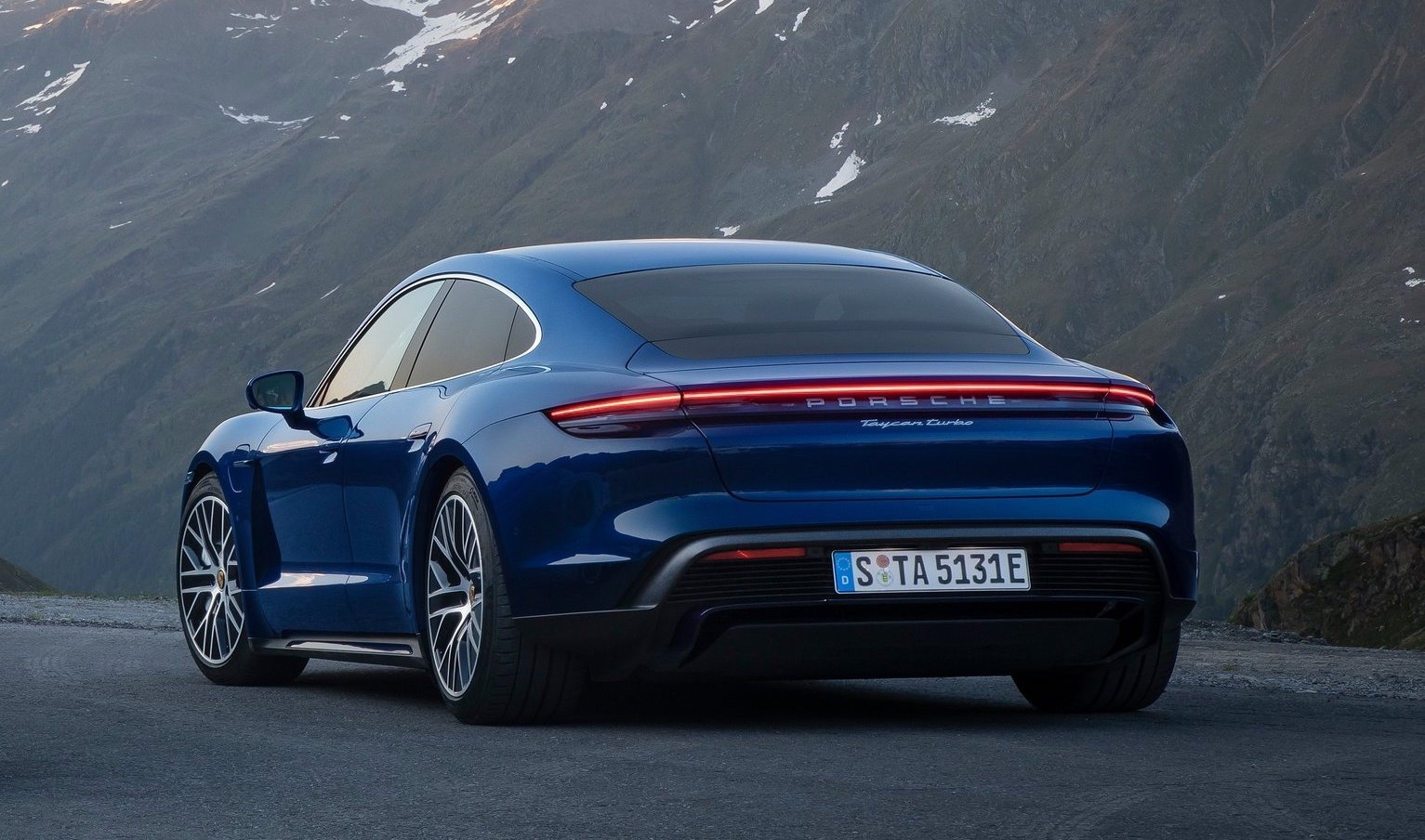 Porsche Taycan Turbo & Turbo S officially revealed | PerformanceDrive