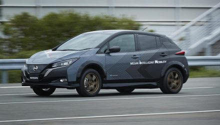 Nissan creates dual-motor LEAF test car, AWD with 227kW