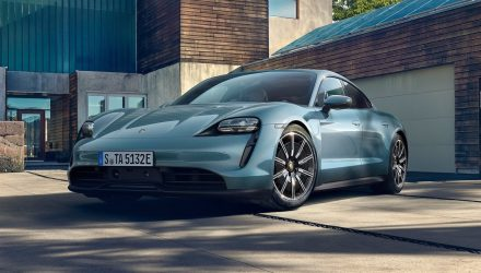 2020 Porsche Taycan 4S unveiled, new entry version