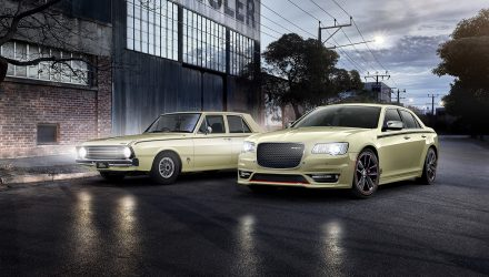 Chrysler 300 SRT 'Pacer' revealed, tribute to Valiant Pacer