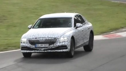 2021 Genesis G80 prototype spotted with fresh design (video)