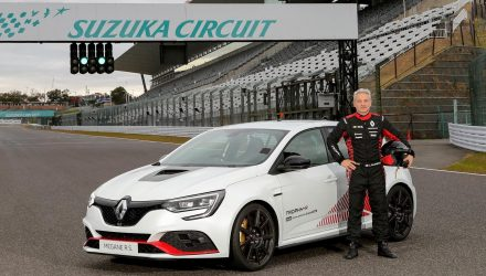Renault Megane RS Trophy-R sets lap record at Suzuka (video)
