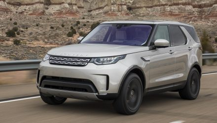 2021 Land Rover Discovery update to bring hybrid tech – report