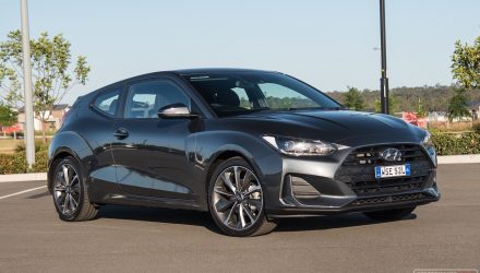 2020 Hyundai Veloster 2.0 MPi review (video)