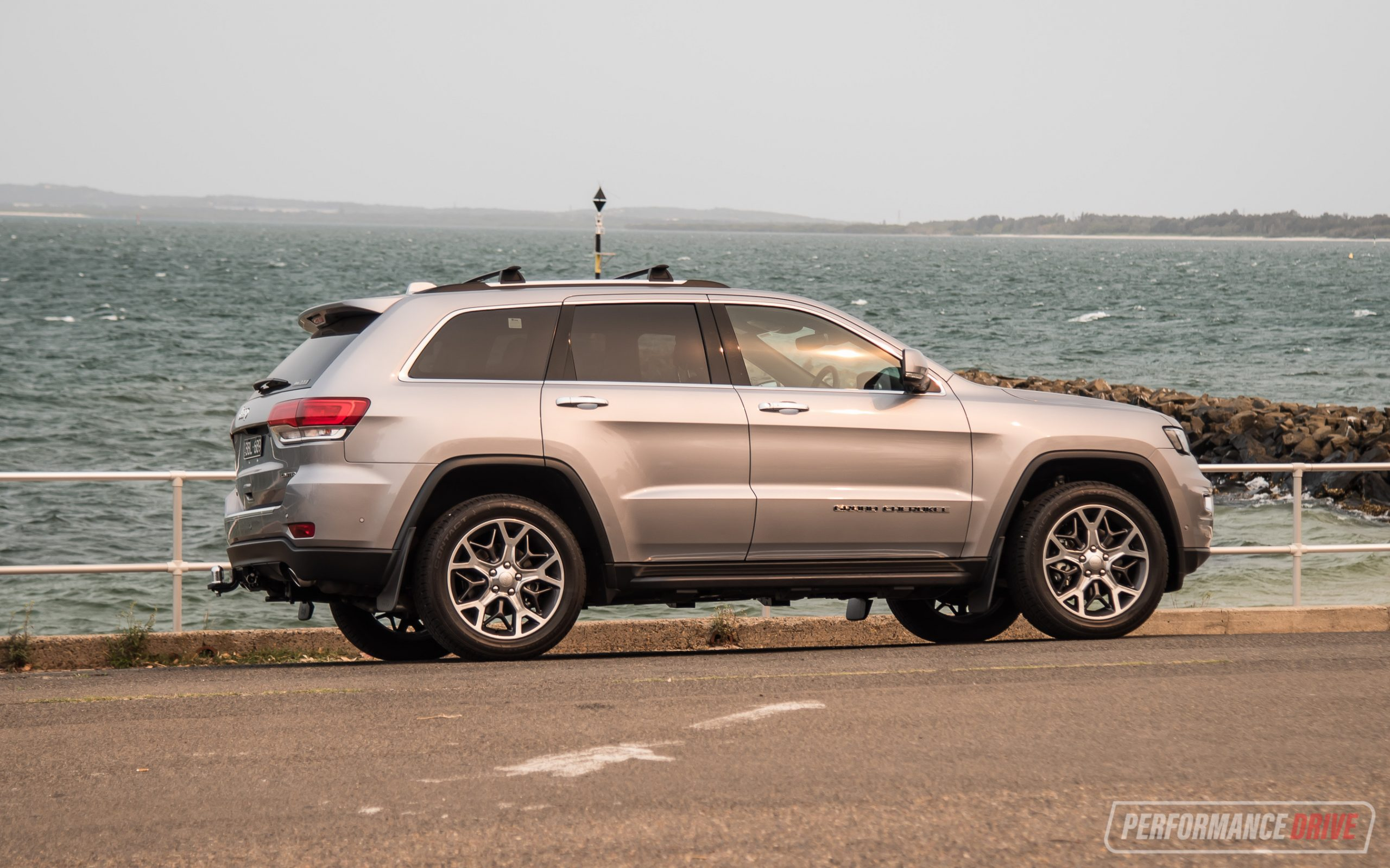 2020 Jeep Grand Cherokee Limited diesel review (video ...