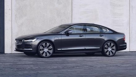 2020 Volvo S90 & V90 facelift revealed