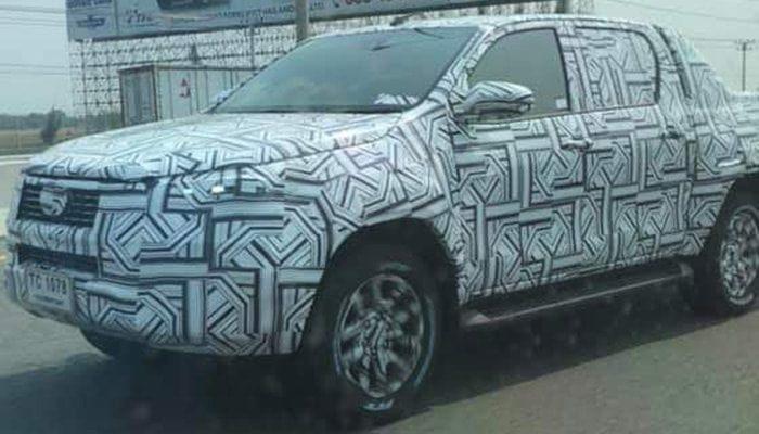 2021 Toyota HiLux prototype spied-Thailand