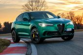 MY2020 Alfa Romeo Stelvio Quadrifoglio-Montreal Green