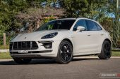 2020 Porsche Macan Turbo-Crayon grey