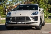 2020 Porsche Macan Turbo-headlights