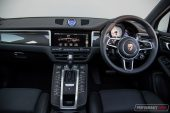 2020 Porsche Macan Turbo-interior