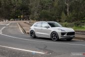 2020 Porsche Macan Turbo-turning