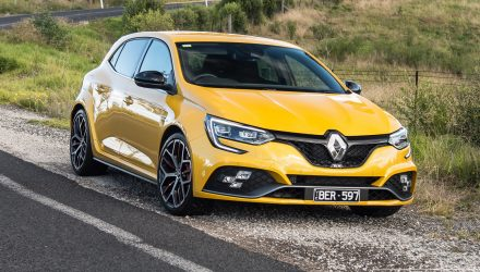 2020 Renault Megane RS Trophy review (video)