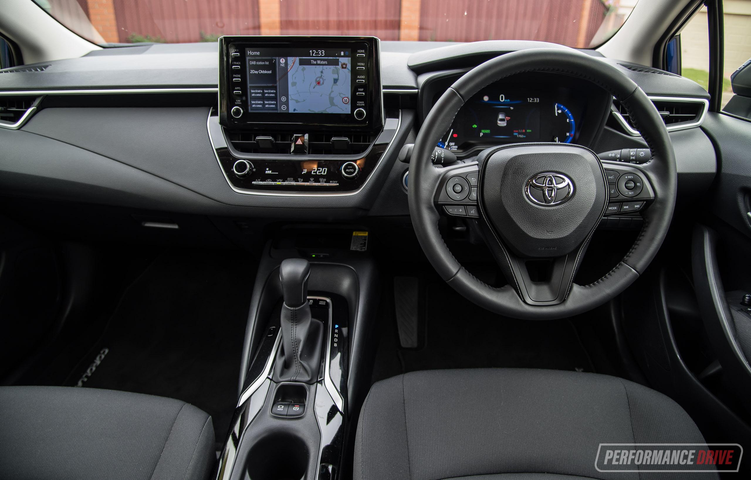 2020 Toyota Corolla Sedan Review  U2013 Ascent Sport  U0026 Sx