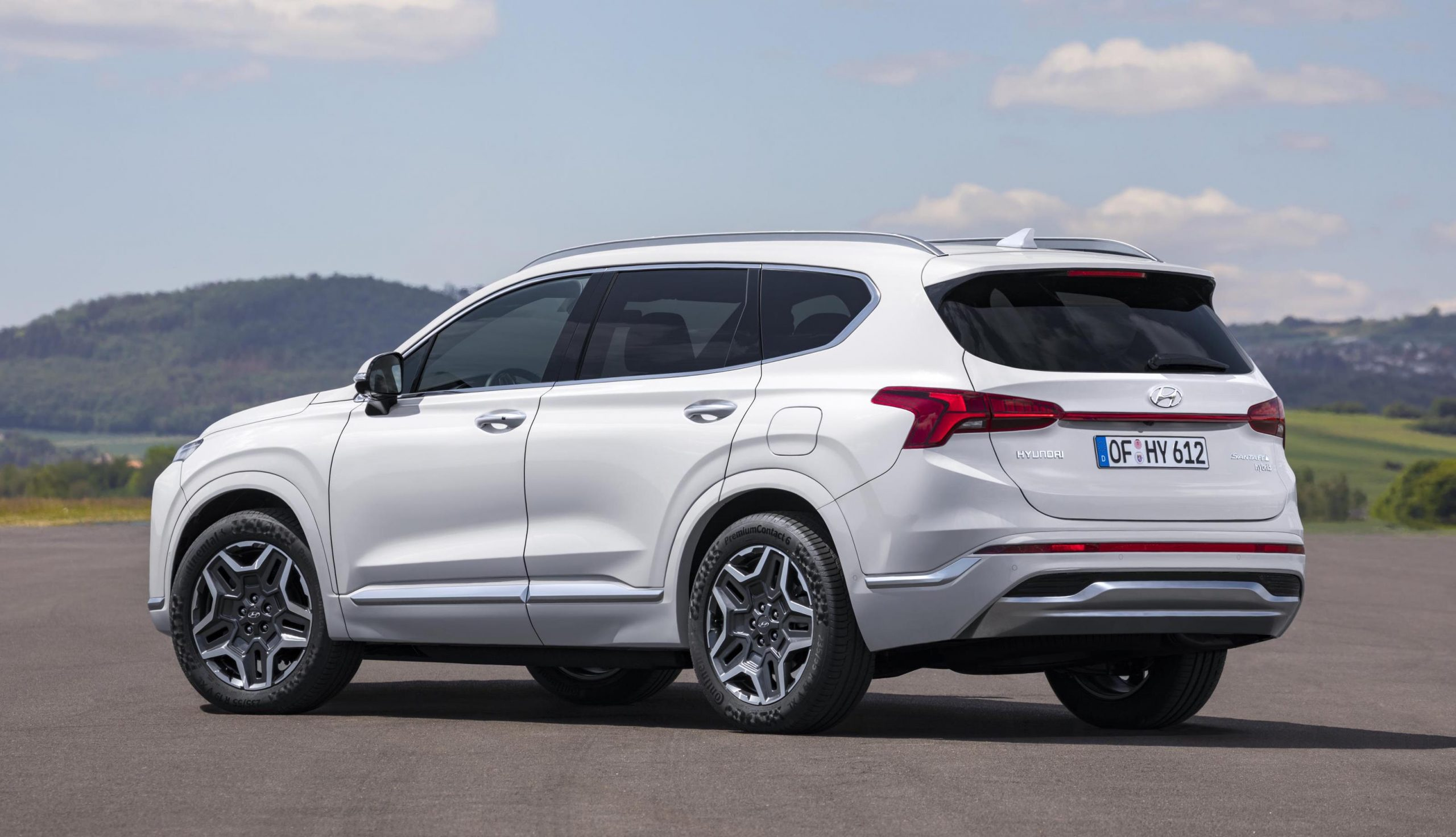 New-look 2021 Hyundai Santa Fe revealed | PerformanceDrive