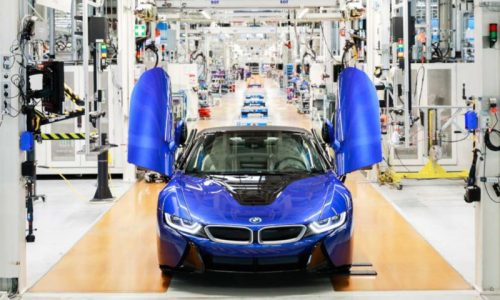 Final BMW i8 rolls off the production line in Leipzig