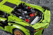 Lego Technic Lamborghini Sian FKP 37 - V12 engine