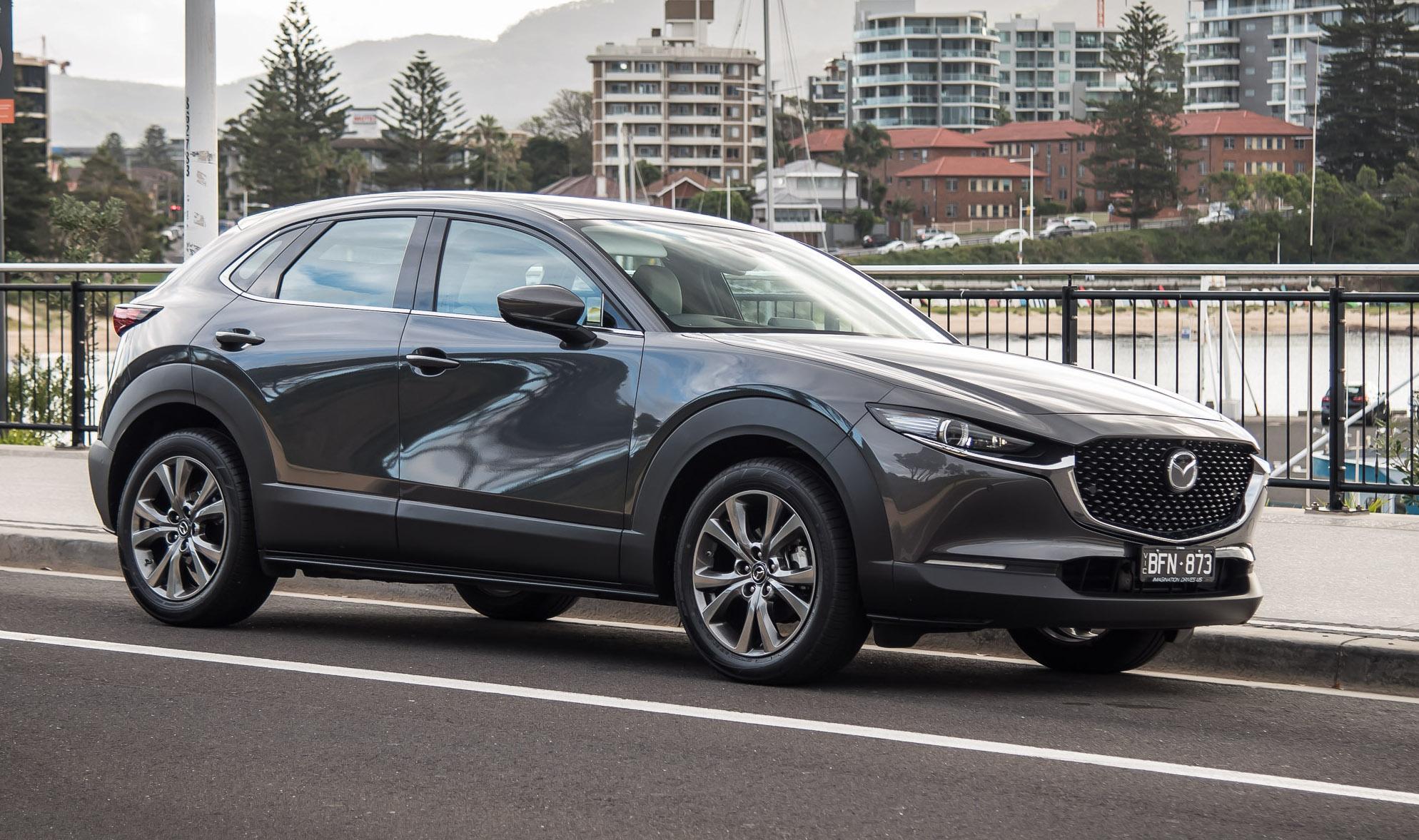 2020 Mazda CX-30 G25 Astina review (video)