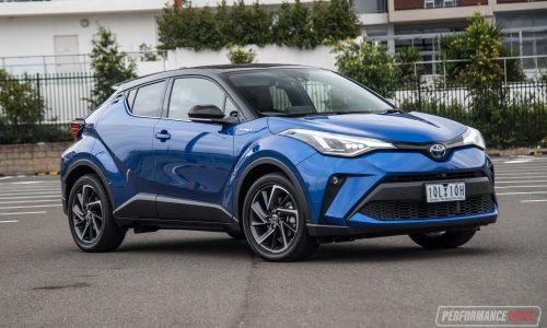 2020 Toyota C-HR Hybrid review (video)