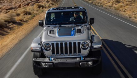 2021 Jeep Wrangler 4xe hybrid debuts, most powerful variant