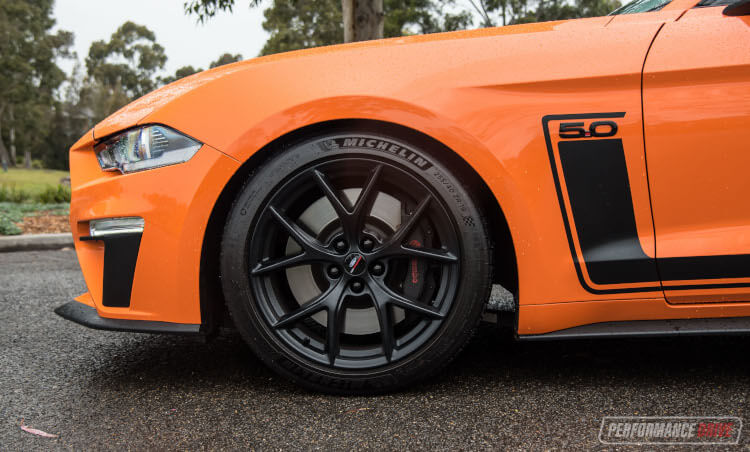 2020 Ford Mustang R-SPEC-brakes