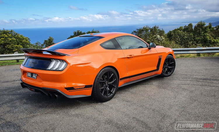 2020 Ford Mustang R-SPEC-coast