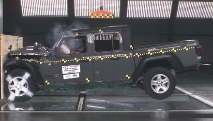 Jeep Gladiator gets 3-star ANCAP safety rating (video)
