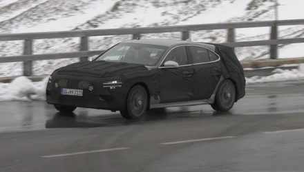 2021 Genesis G70 'shooting brake' wagon spotted (video)