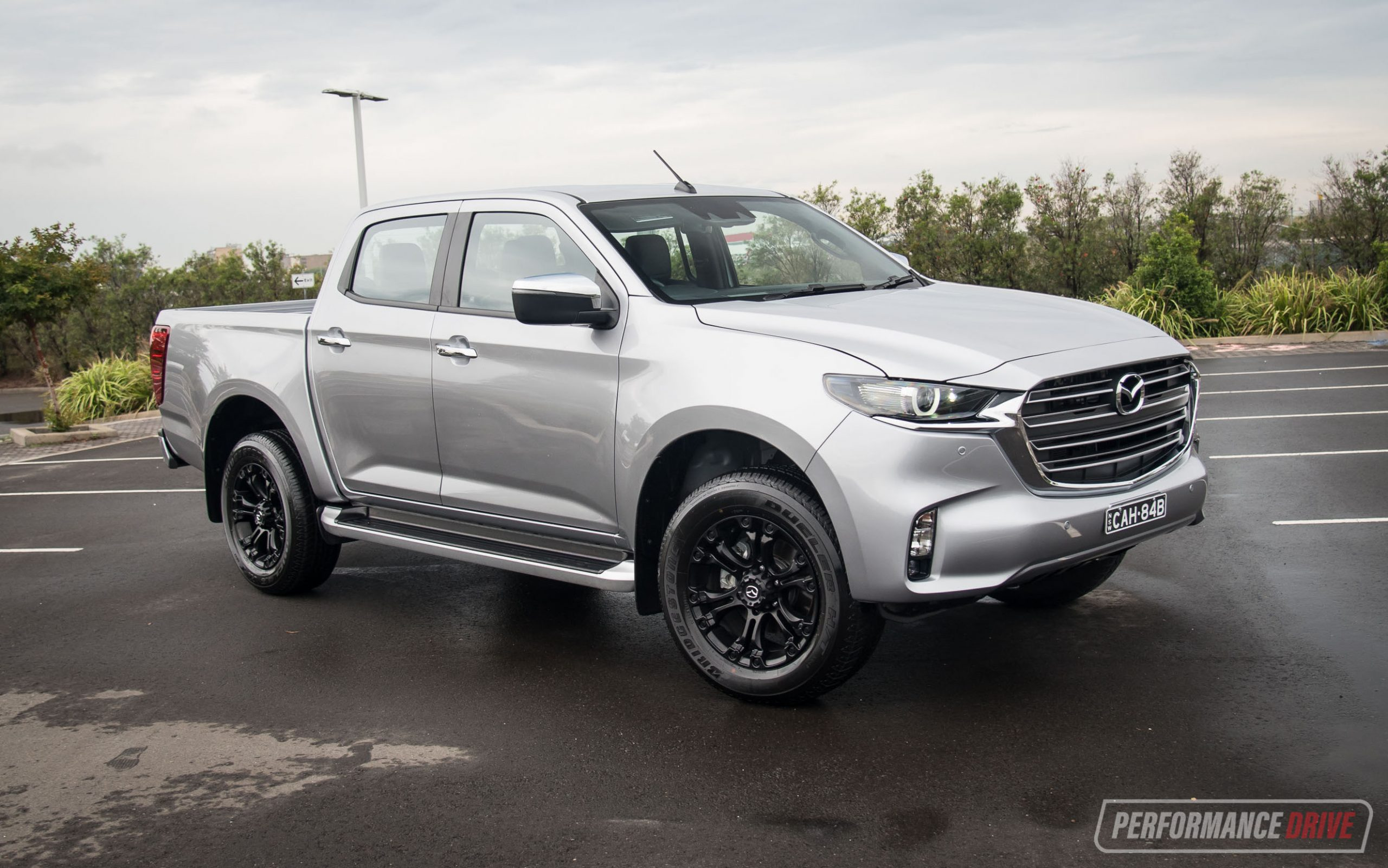 2021 Mazda BT-50 GT review (video)