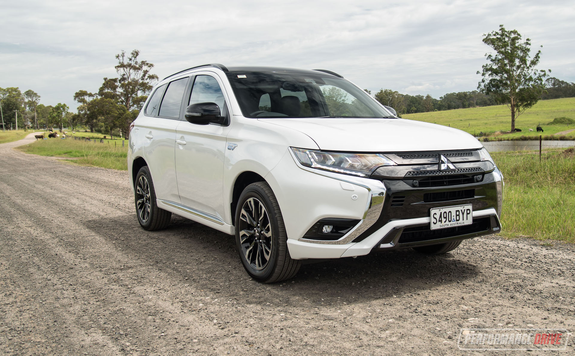 2021 Mitsubishi Outlander PHEV pricing and specs detailed