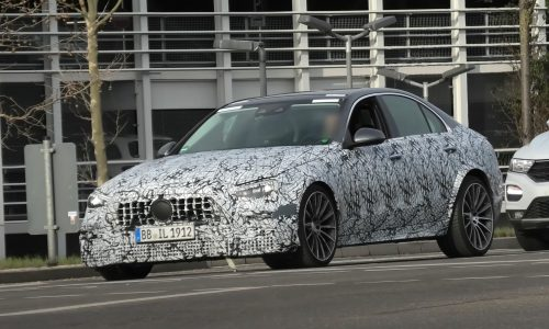 2022 Mercedes-AMG C 63 prototype spotted? (video)