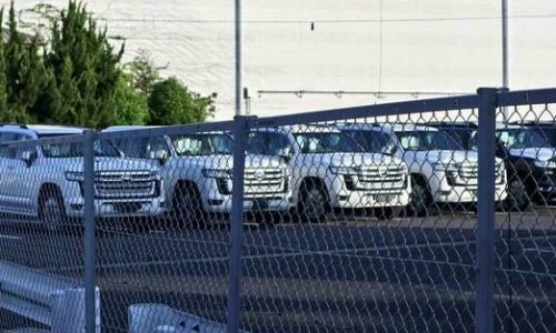 2022 Toyota LandCruiser 300 Series spotted, exterior revealed