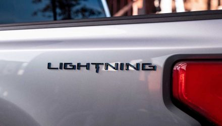 2022 Ford F-150 reviving 'Lightning' name, fully electric power (video)
