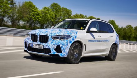 BMW begins testing hydrogen X5 prototypes, with Toyota fuel cell tech