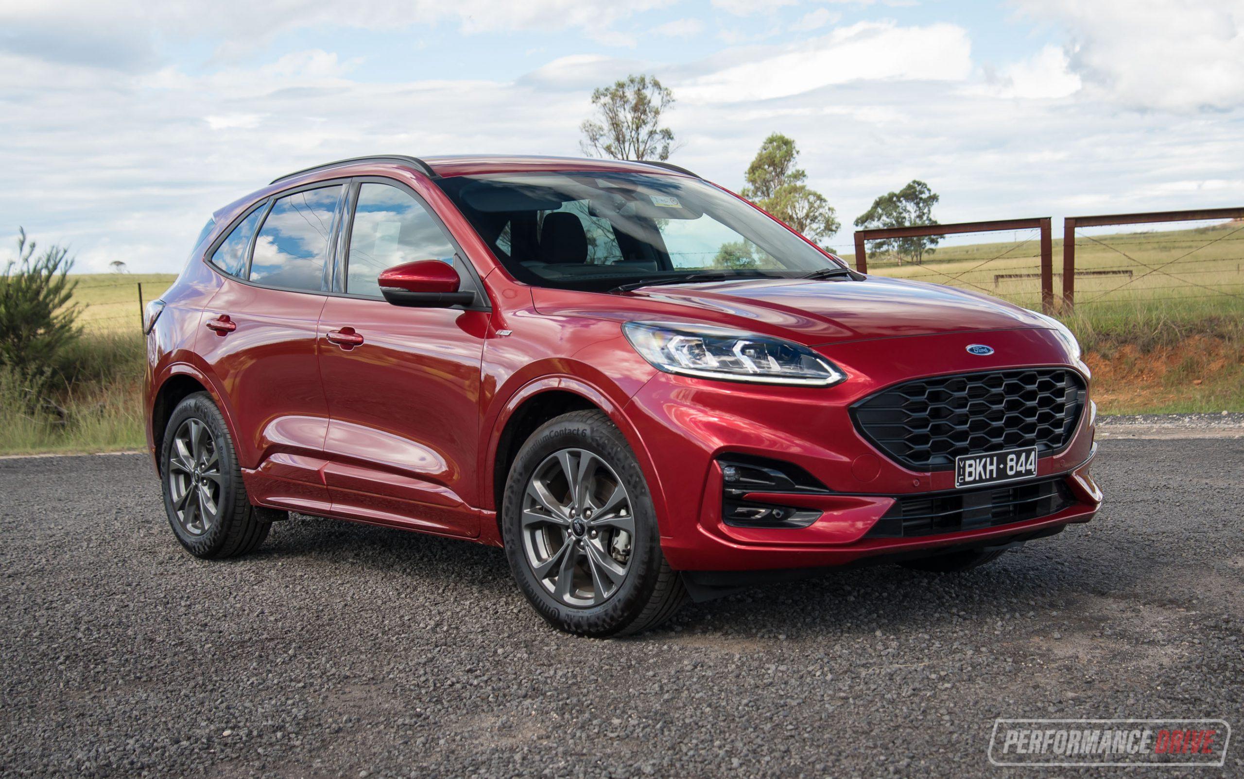 2021 Ford Escape ST-Line review (video)