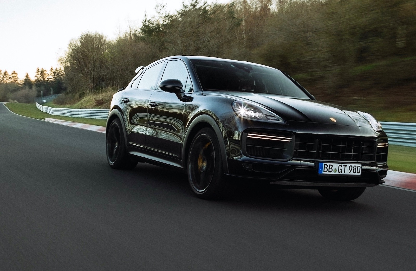 Porsche Cayenne Coupe sets Nurburgring record, Turbo S? (video)