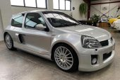 For Sale: 2004 Renault Clio V6 in Australia