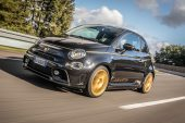 Abarth 595 Scorpioneoro announced, throwback to 1979 'Gold Ring'