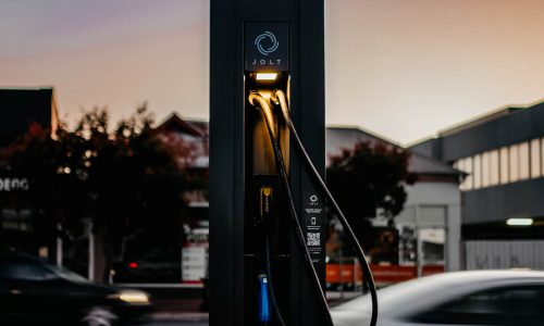 Aussie start-up Jolt receives $100m investment for 5000 EV chargers