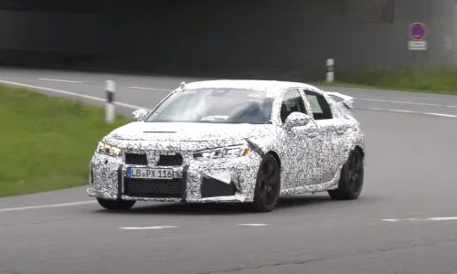 2022 Honda Civic Type R prototype spotted, finally sounds good (video)