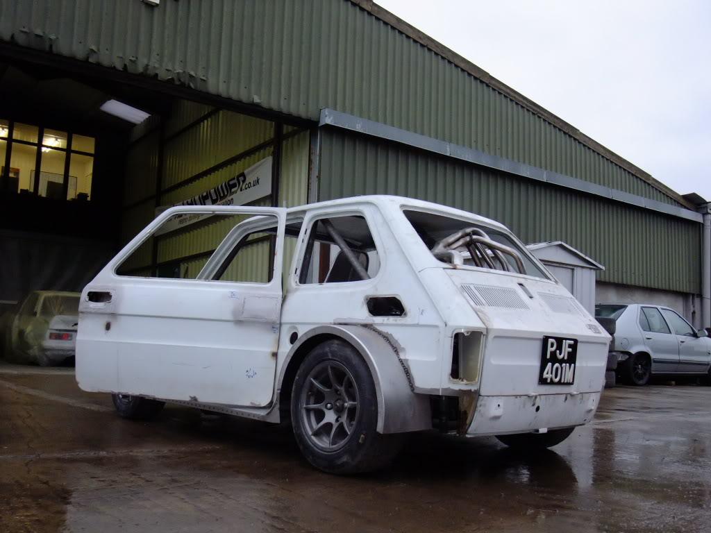 Fiat Blackbird on Fiat 126 Race Car