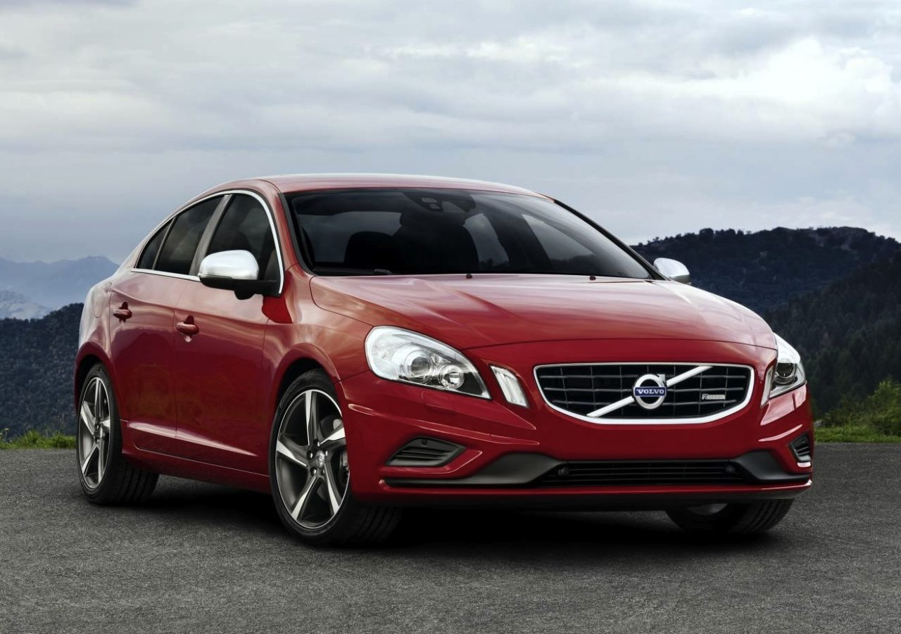 2011 volvo s60 t6 r design review performancedrive. Black Bedroom Furniture Sets. Home Design Ideas