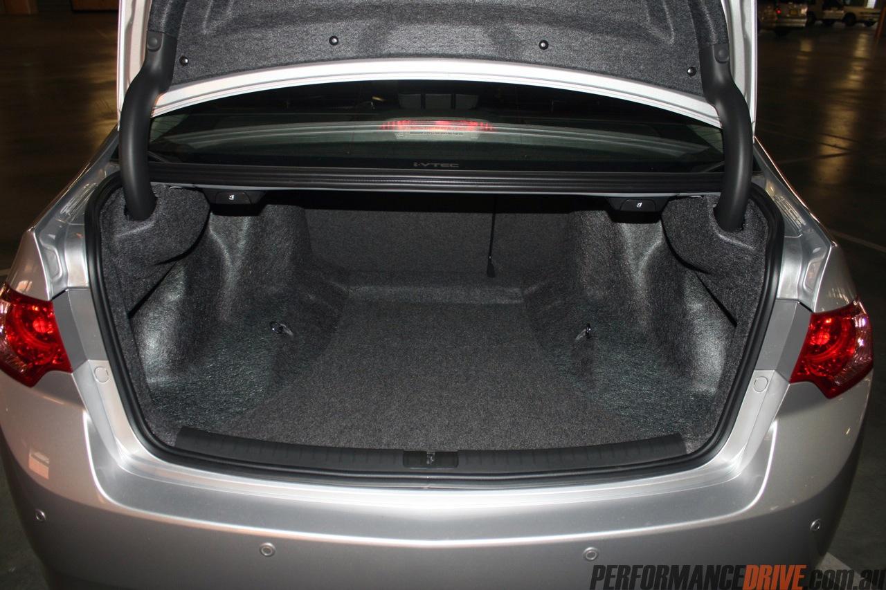 2012 Honda Accord Euro Luxury Boot