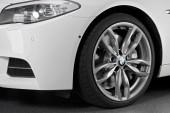 BMW M550d-20-inch wheels